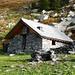 Die Selbstversorgerhütte Negheisc im Val di Lodrino