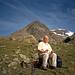 Mein Vater bei einer kurzen Pause - hinten das Ötztaler Urkund