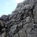 Kraxelspass in luftiger Höhe auf gutem Fels....das Seil wird nicht benutzt.