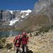 [u Chiara], [u Floriano], Nevado Serapo 6127m e la lingua terminale del ghiacciaio formato dallo stesso e dal Nevado Siula Grande 6344m