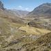 La valle del Rio Pumarinri, emissario della Laguna Viconga: il nostro campo 5 lo faremo nella piana nel centro della foto