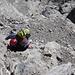 brüchiger Fels erfordert vorsichtiges Abklettern
