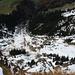 Obwohl das Stäfelihörnli (1921m) kaum ein richtige Gipfel ist, hat man einen super Tiefblick auf Melchtal (884m).