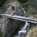 Das Ende (resp. der Anfang) der Brägjeri Süe: eine solide Brücke führt über den Jolibach