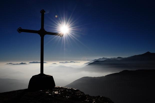 Auf dem Motto della Croce