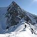 Abstieg über den Südgrat des Furggwanghorns, im Hintergrund Rothorn