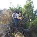 Tieregg: [u KraxelDani] nach dem Überklettern einer Felsstufe und vor dem kurzen, ausgesetzten Gratstück