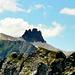 Als einsame Felsburg thront das Tschingellochtighorn über dem Üschenetal