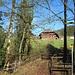 Stilleben mit Bank, Brücke und altem Bauernhaus - bei Leu