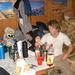 Keine Hüttenromantik, aber recht gemütlich in einer Ecke - beim Zubereiten der Tourgetränke