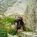 Eine Aluleiter eröffnet die klettersteigähnlichen Wegpassagen
