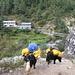Tratto di sentiero tra Phakding e Lukla