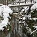 Eis erschwerte den Zugang zu dieser Brücke
