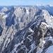 herrlicher Blick nach Osten ins ferne Karwendel; davor die beiden 3-Tor-Spitzen