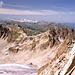 Über der Westlichen Plattenspitze reihen sich die namhaftesten Rätikongipfel auf. <br />Das Bild zeigt auch die Steilheit der Nordwestflanke.