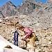 Karl beim Steigsteisenanlegen am Guslargletscher
