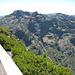 Blick nach Süden in Richtung Pico do Arieiro, die Überschreitung dorthin wird auch als Königsetappe bezeichnet und stand für mich 2 Tage später auf dem Programm