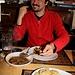 <b>Al Grotto Dötra Donatella e Nicoletta ci fanno accomodare vicino alla pigna e ci deliziano con un affettato misto nostrano seguito da polenta di farina rossa integrale macinata a pietra, con brasato e spezzatino</b>.
