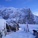 Unser frisch verschneites Camp vor dem Wandfluehorn