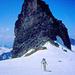 Das Kleine Hockenhorn wird nordseitig umgangen. Man beachte T-Shirt und kurze Hosen auf über 3000 Metern Höhe ! Ein Traumtag !