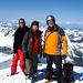 Das Mutteristock Trio auf dem Gipfel.