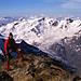 Gipfelpanorama Süd.     Doch lasst uns nun [http://www.hikr.org/gallery/photo552503.html?post_id=37685#1 24 Jahre] in die Zukunft blicken ....