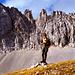Mein treuer Studien- und Bergkamerad Werner im Vogelkar zwischen Vogelkarspitze links oben und der Östlichen Karwendelspitze (nicht sichtbar hinter dem Fotographen).