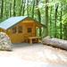 Neu erbaute Schutzhütte auf der Südseite zwischen Lönsturm und Levedagsen