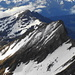 2 der nächsten Tagesziele im Blick: Vilan und Glegghorn. Wir stiegen über die Grasrippe am linken Bildrand auf den Ostgrat und erreichten über diesen den Gipfel