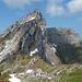 Rückblick auf den Abstieg vom Plattenberg, im Hintergrund der Schiberg