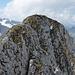Ausgesetzte Kraxlerei, welche zum Gipfel des Brünnelistock führt