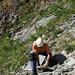 In der steinschlägigen Runse nach den ersten Felsen muss der Weg ausgebessert werden