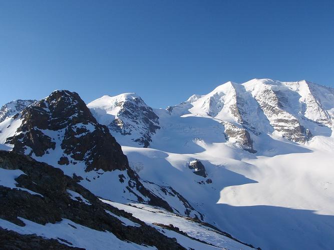 Klettersteig Piz Trovat : Links piz trovat klettersteig dahinter cambrena und hikr