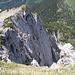 mächtige Felswand im Westen
