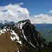 Blick zum Gonzen, ins Rheintal und in den endlosen Wolkenhimmel