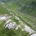 Blick runter zur Meglisalp. Der Säntisweg Richtung Wagenlücke ist auch zu sehen