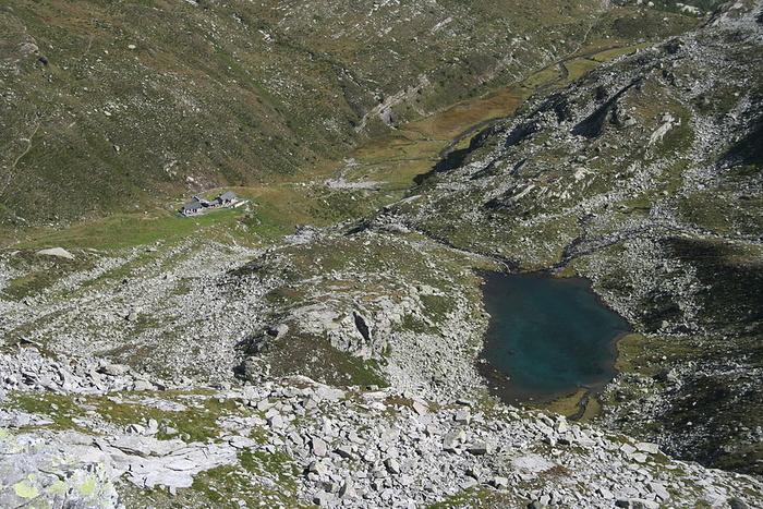 Lago piccolo d 39 antabia e rif piano delle creste visti for Piani cottage piccolo lago