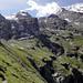 Nun kommen zahlreiche Bachquerungen und ein Anstieg von etwa 100 Höhenmeter bis zum Fründenhüttenweg.