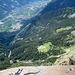 Tiefblick vom Gipfel in den Vinschgau