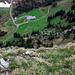 Tiefblick nach zur Alp Grön… 400m tiefer.