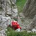 [u WoPo1961] in der ersten senkrechten Stufe der Felsschlucht, die zum Sattel K VII/VIII führt
