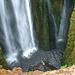 Tief unten, mitten im Wasserfall (Foto: [U sglider])
