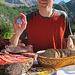Das bekommt man vorgesetzt, wenn man auf der Capanna Tremorgio sein Hüngerchen verbalisiert - Proteinbedarf gedeckt!