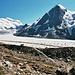Nach dem Gletscher führt ein gut begehbarer Steig hinauf zum Col des Otanes.