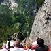 Die Talfahrt mit der verrückten Standseilbahn vom Gelmersee. Die Schiene verschwindet und ist er weit unten wieder zu sehen…