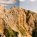 Früher hat man halt Panoramen zusammengeklebt...ohne automatische Farbkorrektur. Blick zurück von der Sulzleklammspitze auf die erste Hälfte des Steiges.