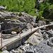 Die Bisse de Tsittoret wird offen in die Sinièses geleitet und am Ende der Brücke gleich wieder gefasst