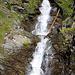Die seitlichen Bäche führen erstaunlich viel Wasser