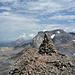 Der Steinmann auf dem Gletscherhorn eifert mit dem Wildstrubel um Höhe