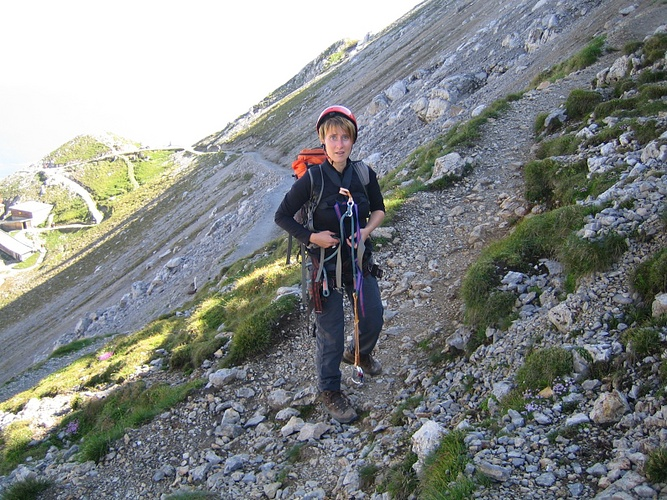 Klettersteigset Anlegen : Klettersteig ausrüstung anlegen fotos hikr